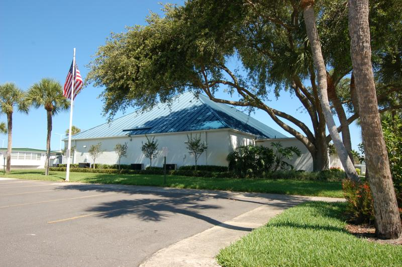 Largest club house with commercial kitchen. Teakwood Village mobile home park.