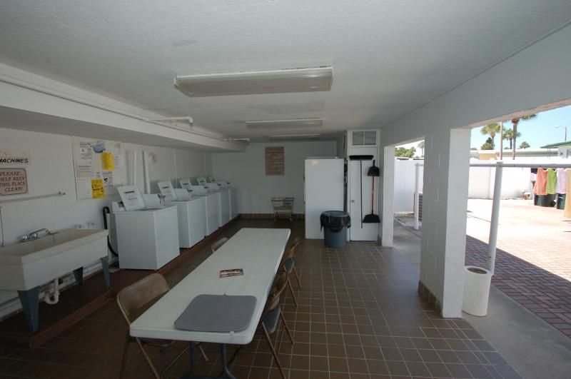 East Aloha Club House Laundry